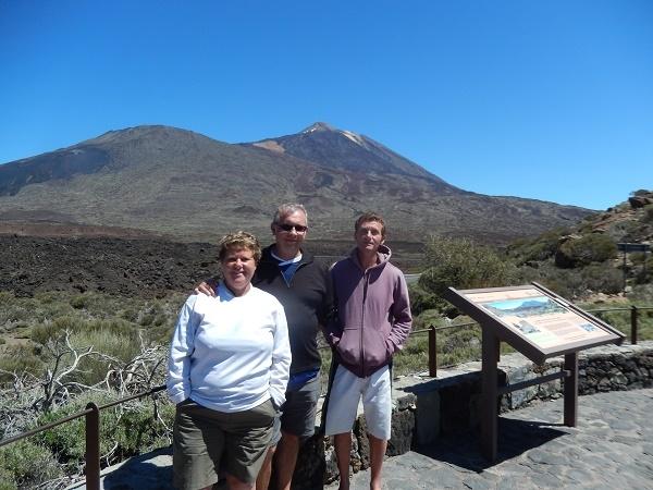 Randonnée sur le volcan Teide au sud de l'île de Ténérife