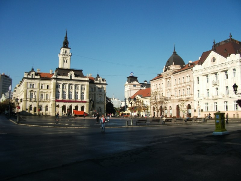 NOVI SAD ET BELGRADE
